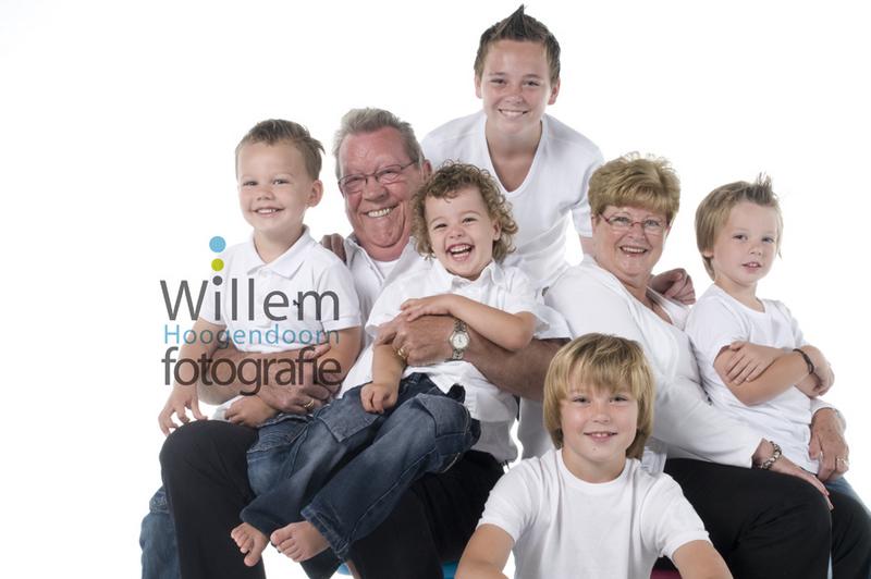 familiefotografie familieportret familiefoto's familiefotograaf stoer spontane familiefoto's portretfotograaf Willem Hoogendoorn Fotografie Woerden
